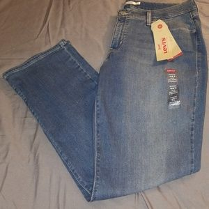 Levi's Women's 414 Relaxed Straight size 16W